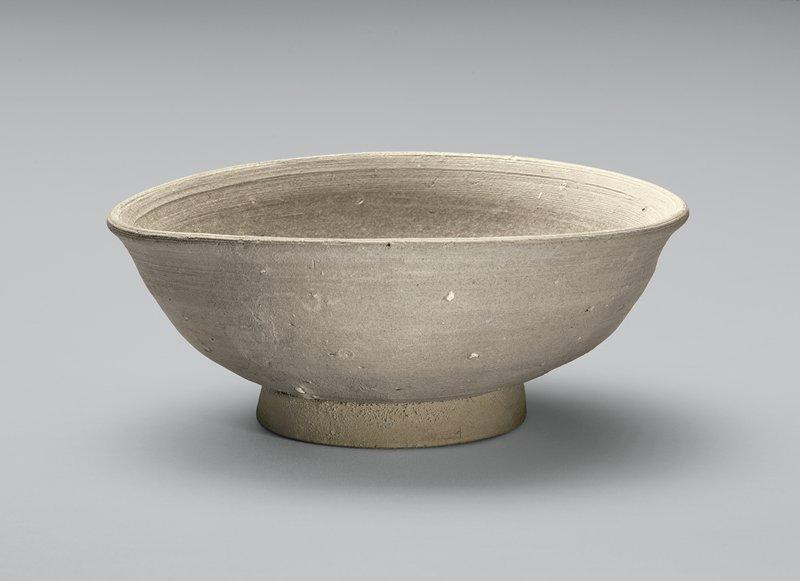 white bowl; very thin ash glaze