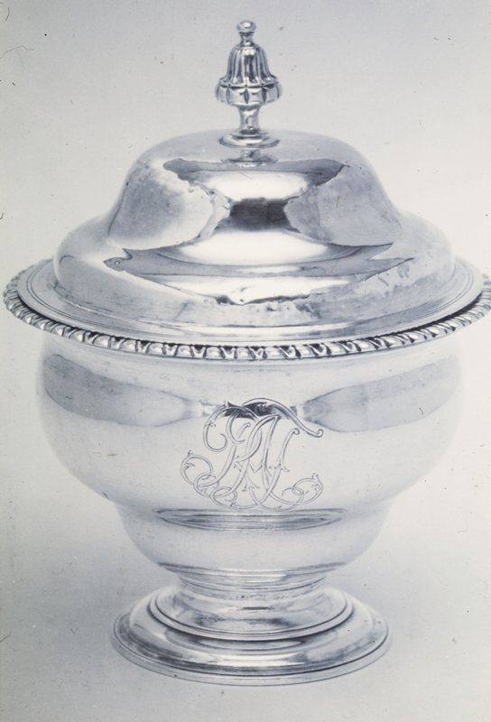 sugar bowl, inverted pear shape, with cover; narrow band of gadrooning at rim and monogram on side
