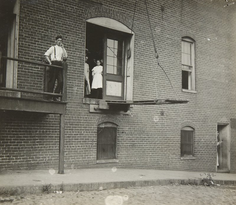 factory workers, Virginia
